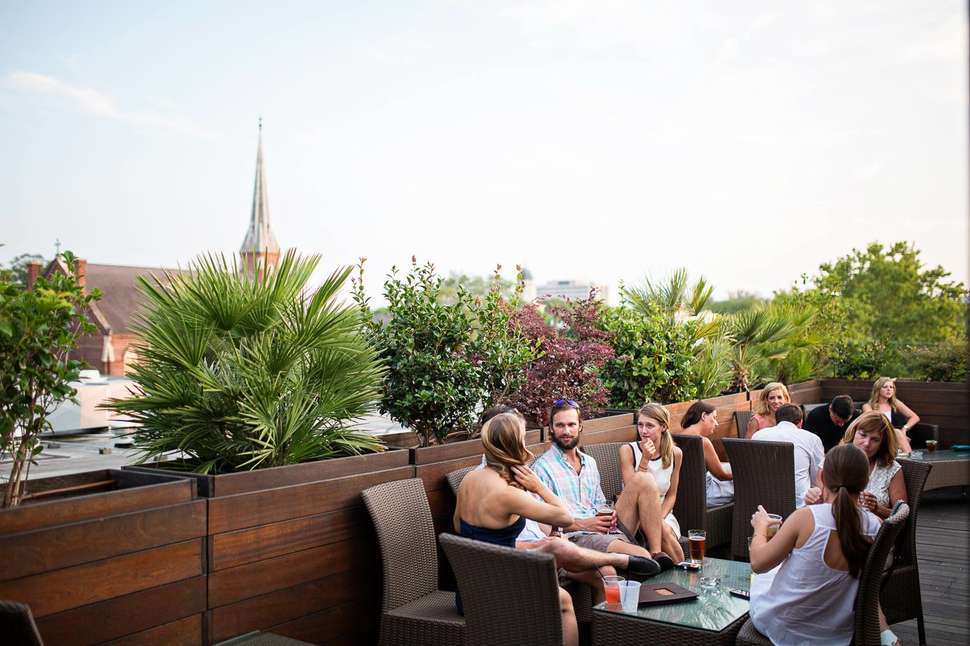 Best Rooftop Bars In Charleston To Drink With A View