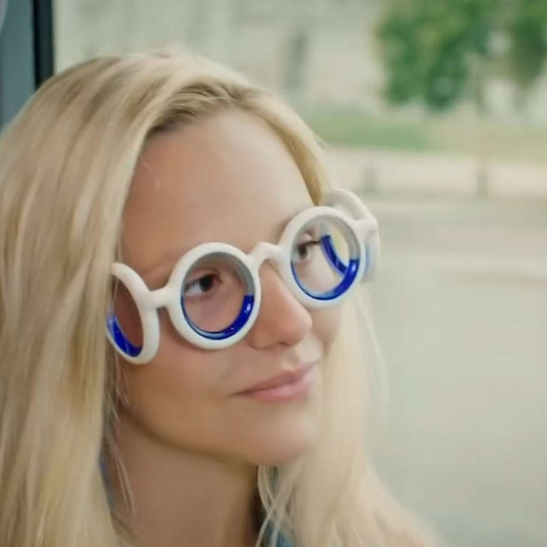 9f5081764632 Glasses Use Boarding Ring Technology To Stop Motion Sickness - NowThis