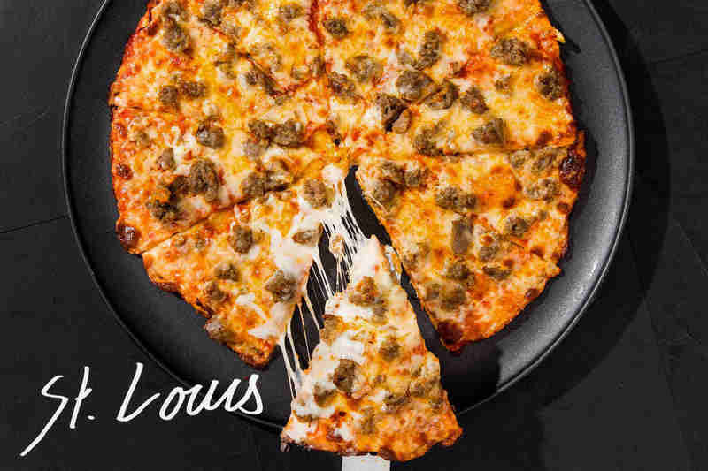 St. Louis pizza slice