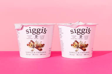 Siggi's yogurt vanilla and cinnamon
