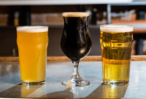 Lager vs Ale: What's the Difference Between Ale and Lager