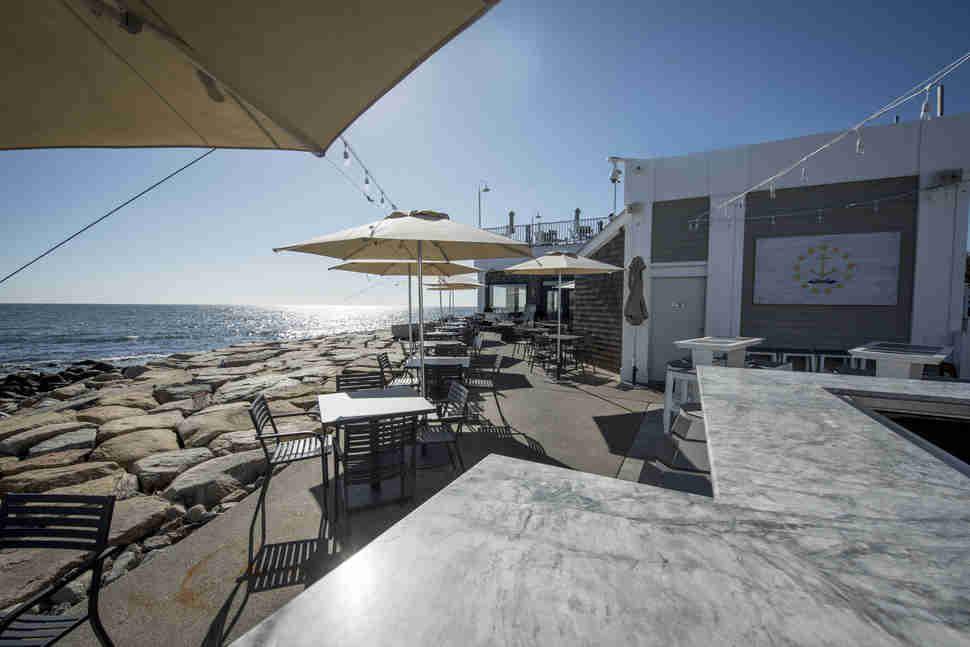 Best Beach Bars In The Us Worth Drinking At Thrillist