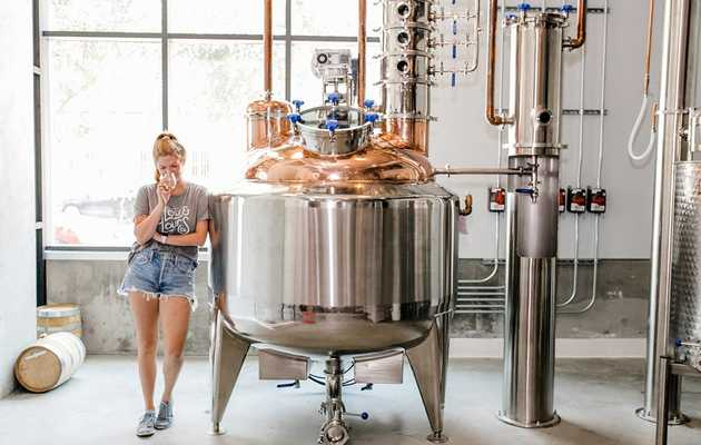 7 U.S. Cities Best for Distillery Tours and Craft Booze