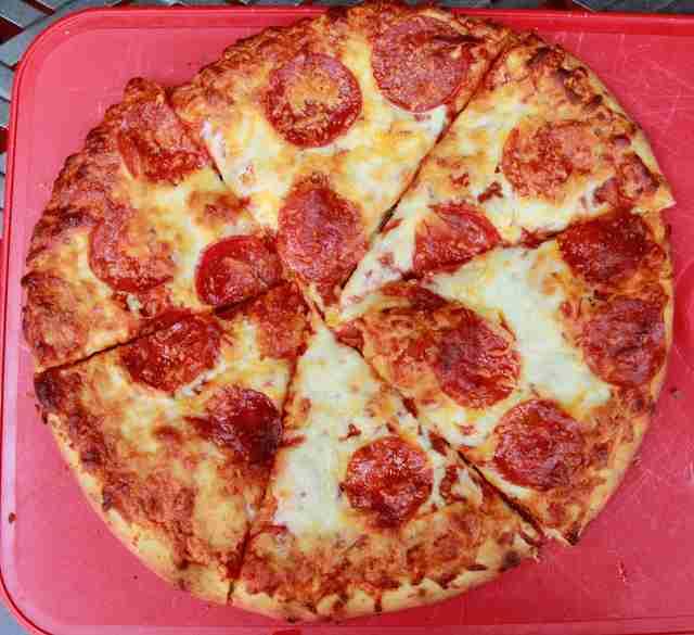 Yes poke me bare my fav pizza teen
