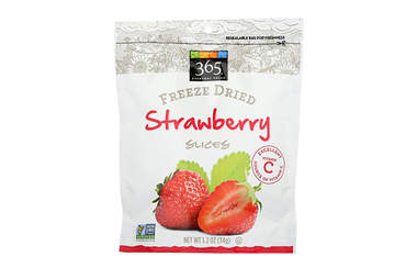 365 Everyday Value freeze dried strawberries