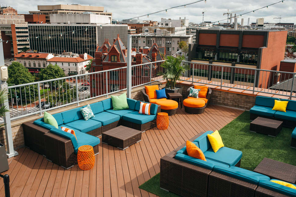 Best Rooftop Bars In Washington Dc Where To Drink With A
