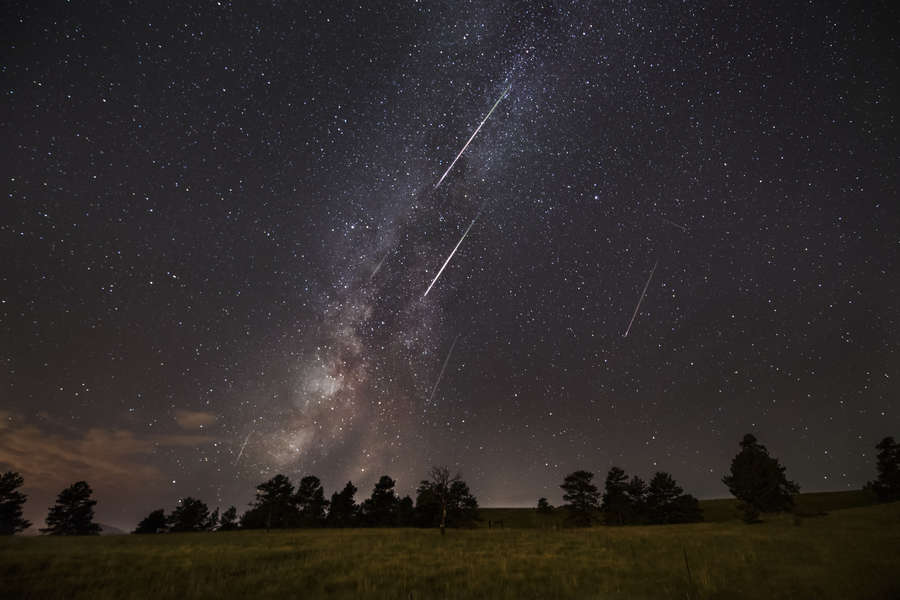 The Year's Best Meteor Shower Is Tonight. Here Are 6 Easy Tips for Photographing It.