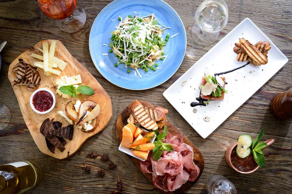 Best Brentwood Restaurants All The Coolest Places To Eat
