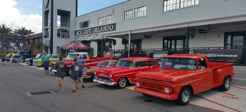 Actually Cool Things To Do In Orlando Right Now When Someone Visits - Ace cafe orlando car show