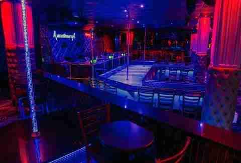 Cuomo must respond to long island strip club seeking to reopen