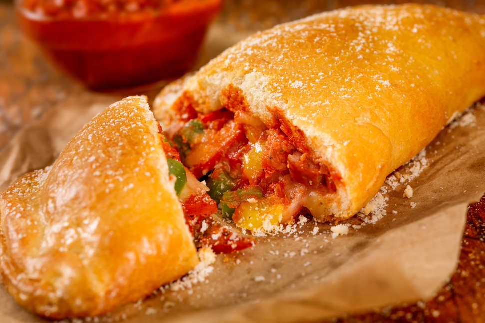 What Is A Calzone The Delicious Food Being Overshadowed By Pizza