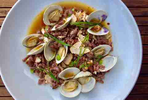 L & E Oyster Bar clams