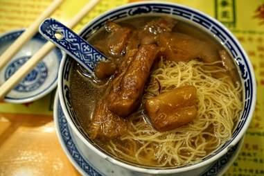 Mak's Noodle yao mein