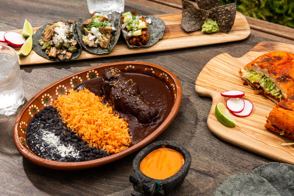 El Atoradero At Park Life Cole Saladino Thrillist Mexican Food