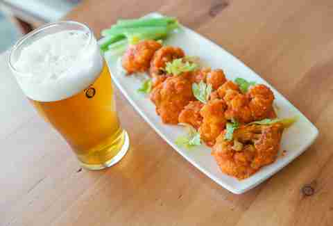 Mohawk Bend buffalo cauliflower and beer