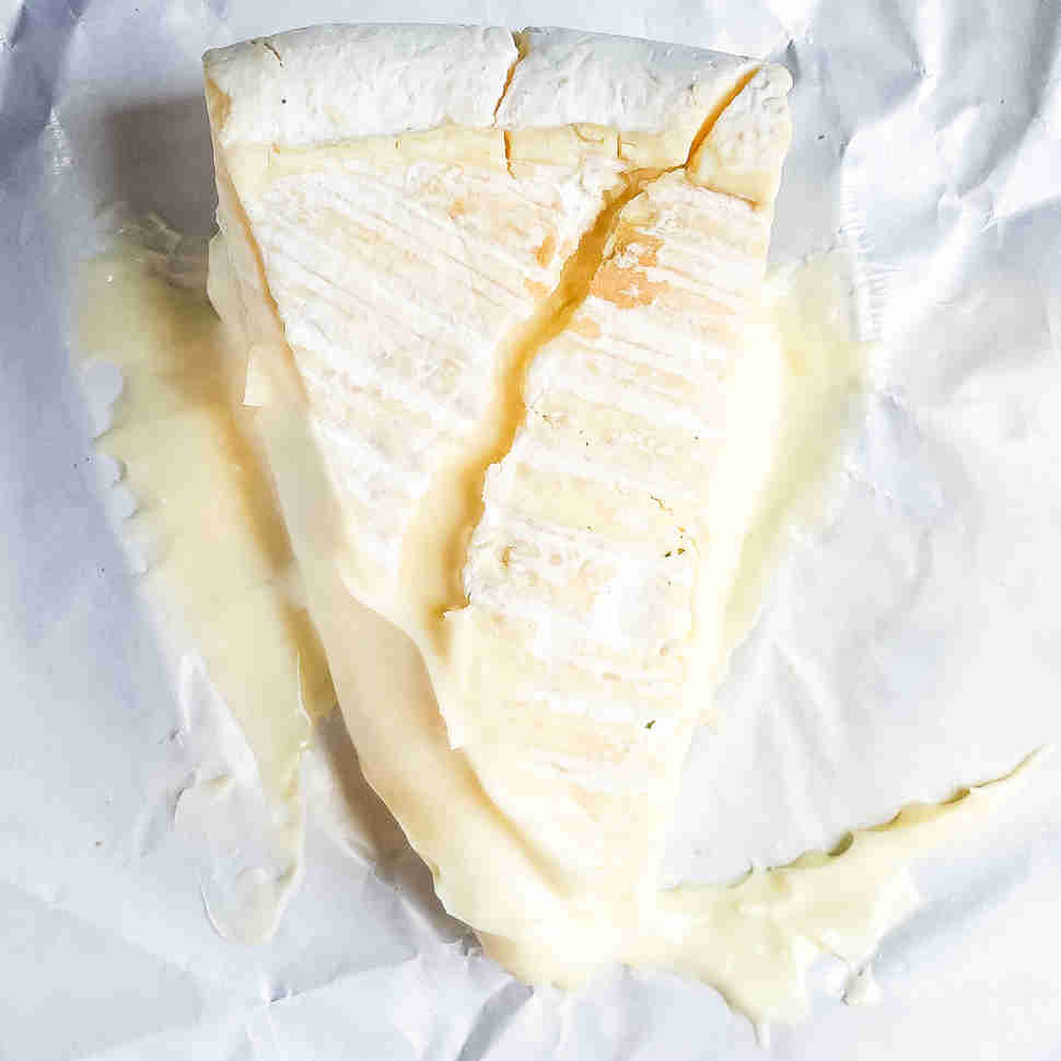 Fromage d'Affinois double cream brie