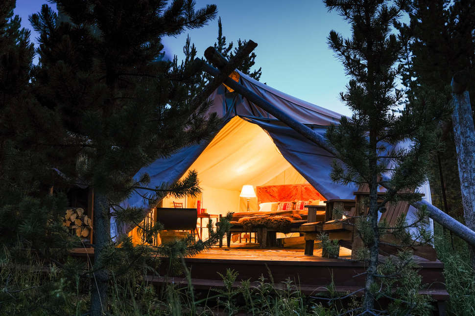 Camping in yellowstone with full hookups