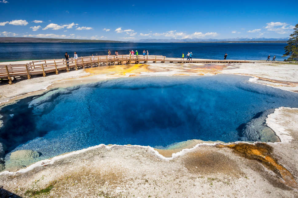 Best Hikes in Yellowstone National Park: Trails Worth Hiking