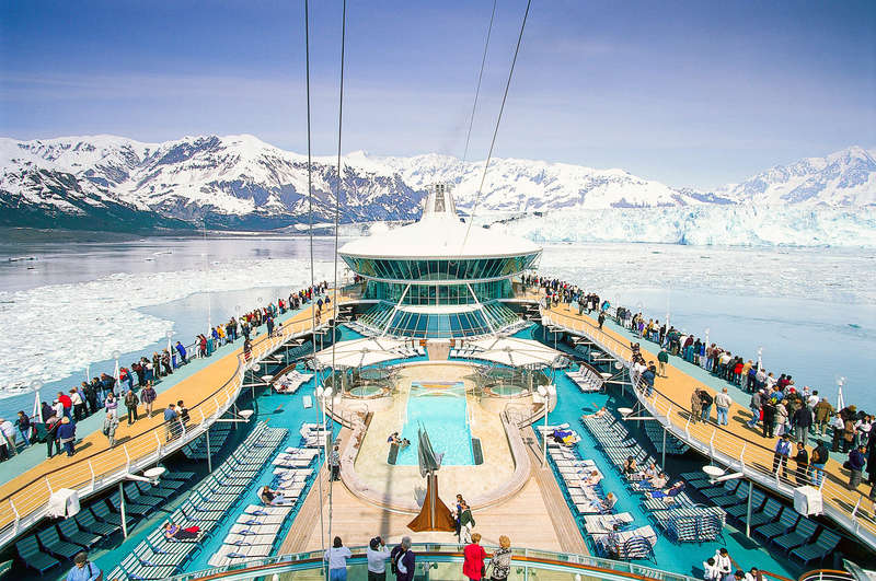 Cruise ship: Cruiser Rhapsody of the Sea, Glacier Bay, Alaska
