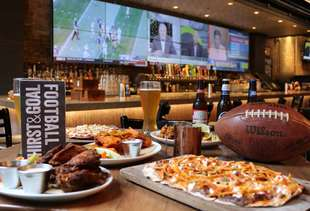 The Very Best Sports Bars in Chicago