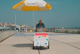 This Chef Left The Buttoned-Up Restaurant World To Sell Ice Pops On The Beach