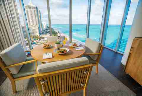 Best Restaurants In Miami Coolest Spots Hottest New Places To Eat