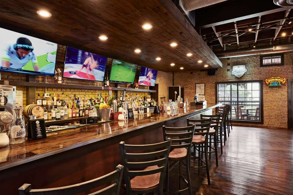 Edwin's Sports Bar