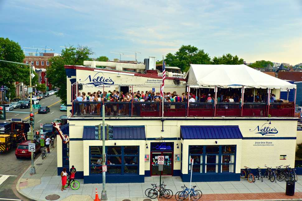 Nellie's Sports Bar exterior