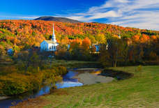 How to See the Most Beautiful Fall Foliage in New England