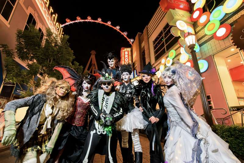 Halloween Fright Night China Movie.Best Halloween Events And Parties In Las Vegas 2018 Thrillist