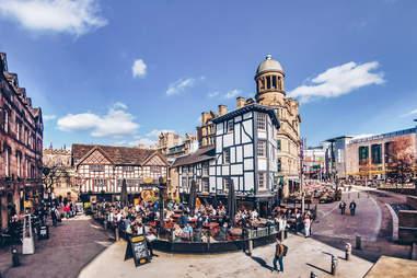Englnd, Manchester, pub at Shambles square