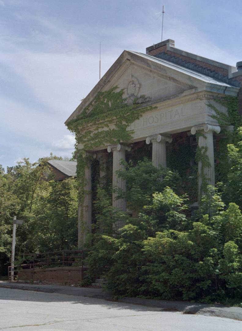 Most Haunted Places To Visit In Connecticut This Halloween Thrillist