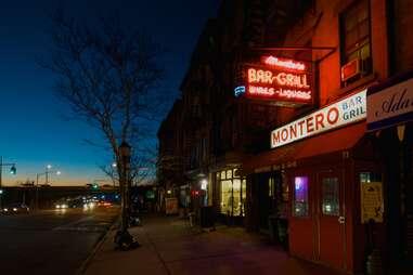 Montero bar exterior