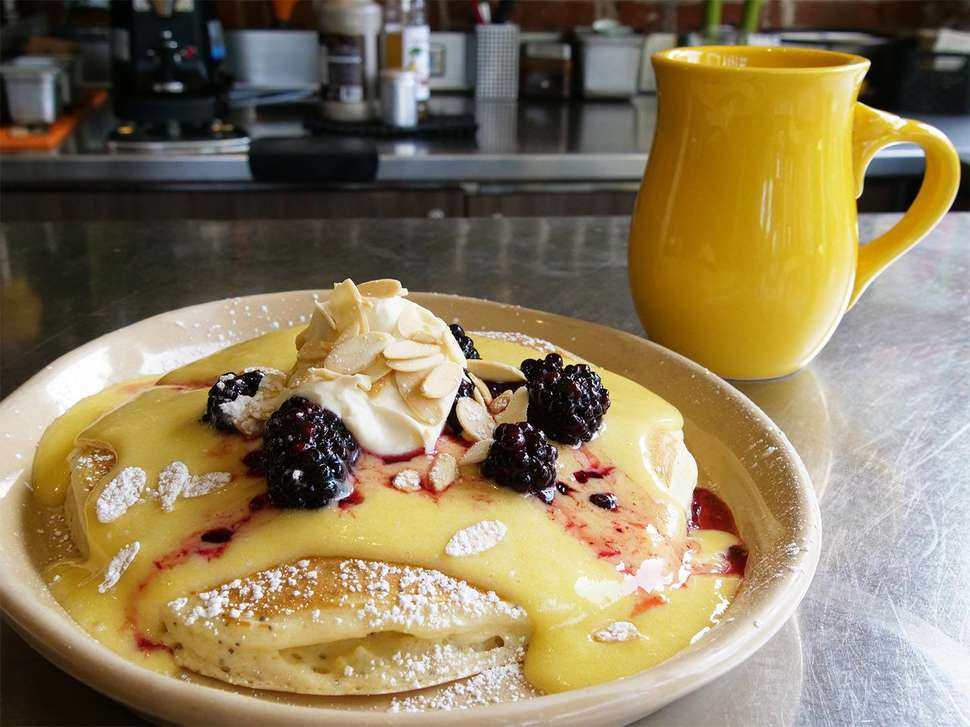Best Regional Breakfast Chains That Should Expand Nationally