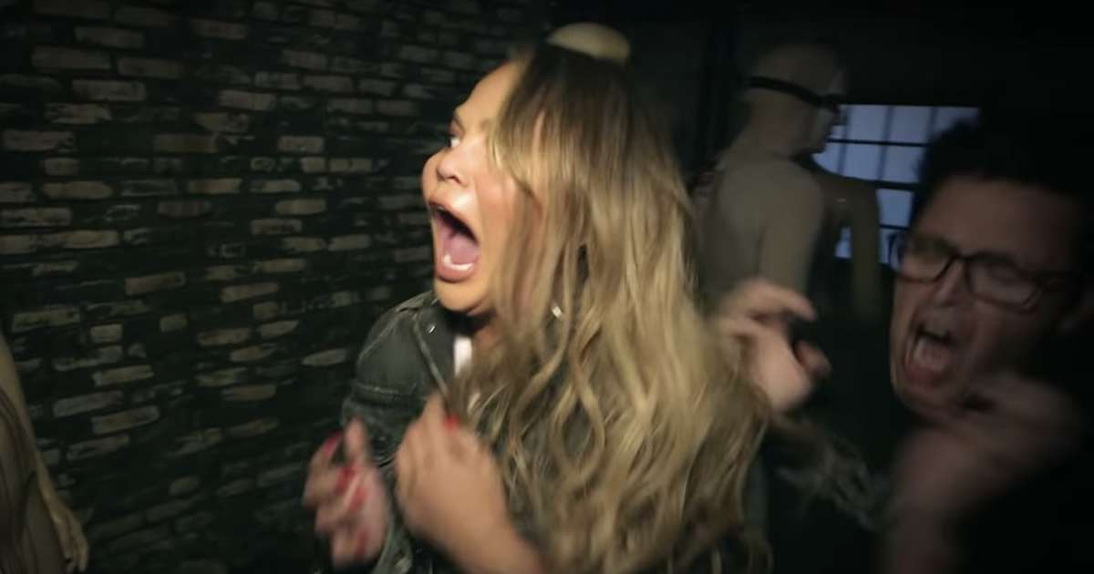 Chrissy Teigen Does Ellen S Haunted House With Producer Andy Lassner