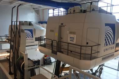 United Airlines flight simulator