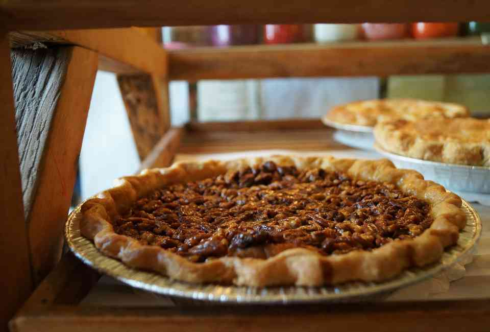 Best Pie Delivery: Bakeries That Ship Desserts Nationwide