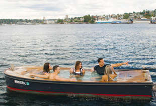 Tour Seattle's Waterfront in a Floating Hot Tub