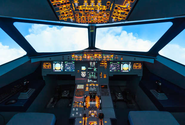 Airline Rewards Are Getting Cooler: You Can Even Learn to Fly a Plane