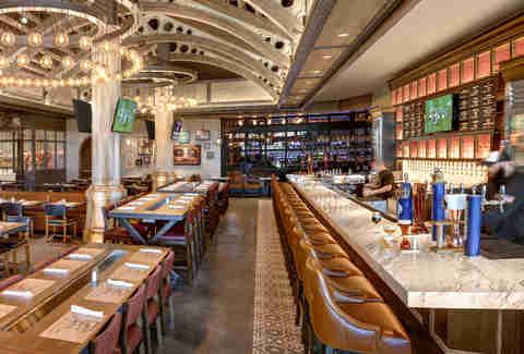 Best Restaurants In Las Vegas Coolest Hottest Newest
