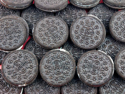 Oreo cookies cookie oreos what color thrillist