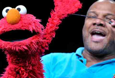 being elmo a puppeteer's journey