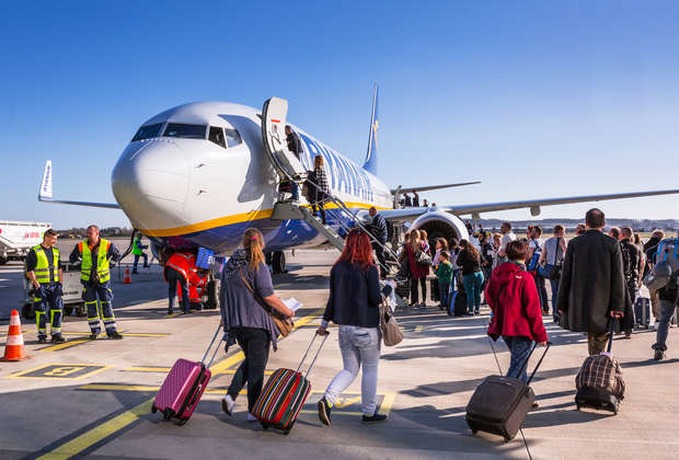 All the Ways You Can Board a Plane, Ranked by Stupidity
