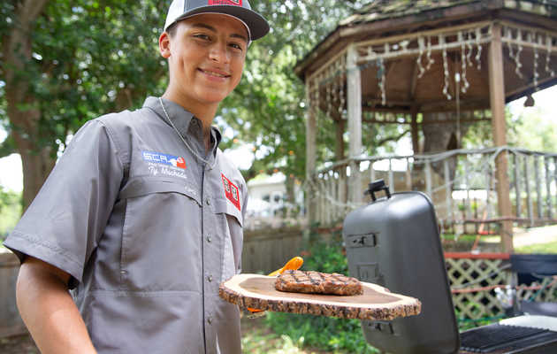 How a 16-Year-Old Texan Became a Barbecue Phenom