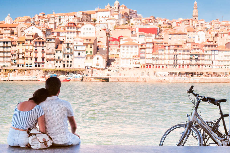 Portugal, Porto, Seascape and Lovers