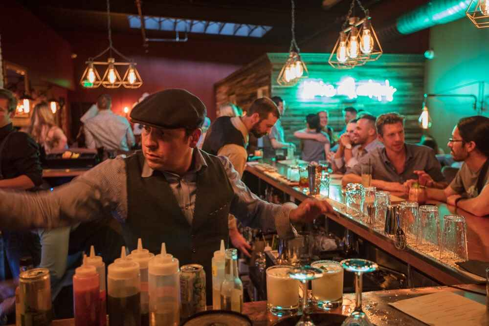 best drinks to get at a bar