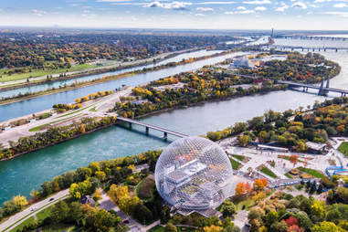 Biosphere Environment Museum and Saint Lawrence River