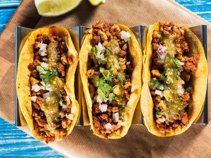 Tacos taco carne asada al pastor salsa verde spicy mexican food