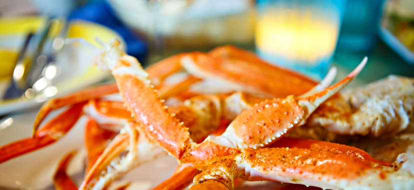 Crab legs with butter