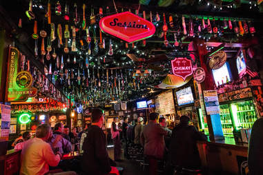 hamiltons tavern